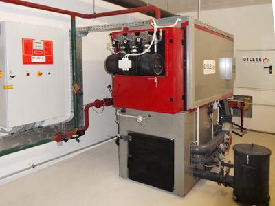 Der Gilles HPKI-S bei Automobile Mairhuber ist mit einer vollautomatischen, pneumatischen Wärmetauscherreinigung ausgestattet. Das ermöglicht Wirkungsgrade über 93 Prozent