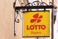 LOTTO Bayern setzt auf Lecturio, um Vertriebsmitarbeiter:innen mit Videokursen weiterzubilden