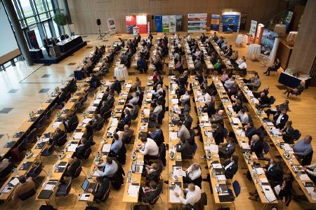 Im letzten Jahr nutzten 165 Teilnehmerinnen und Teilnehmer den KWK-Jahreskongress in Dresden als Branchentreff und zur Wissensvermittlung (Bild: BHKW-Infozentrum)