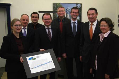 """Die Partner des Netzwerks """"Der Innovationsstandort"""" freuen sich auf eine langfristige und nachhaltige Kooperation zwischen Wissenschaft und Wirtschaft."""