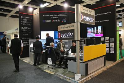 Very positive reactions: eyevis' LED-module-series for information systems hits the nerve of the sector