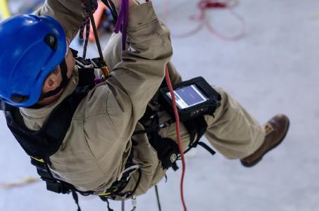 Klettergurt Industrie : Für maximale beweglichkeit und flexibilität bei inspektionen in der