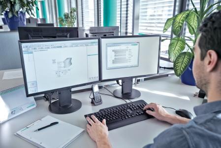 CAD-Daten kompletter Stanzgestelle können vom Meusburger Webshop oder Offline-Shop in alle gängigen CAD-Systeme mit wenigen Klicks exportiert werden. (c) Meusburger