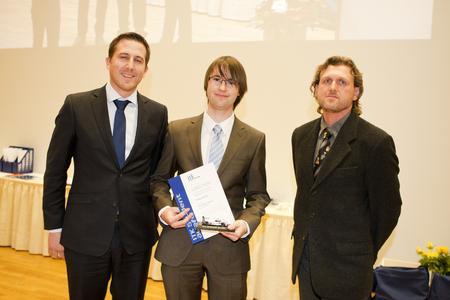 Thomas Fräßle (ITK Engineering AG), Preisträger Hr. Kerling, Lutz Kullmann (ITK Engineering AG) (Foto: TU Ilmenau/Chris Liebold)