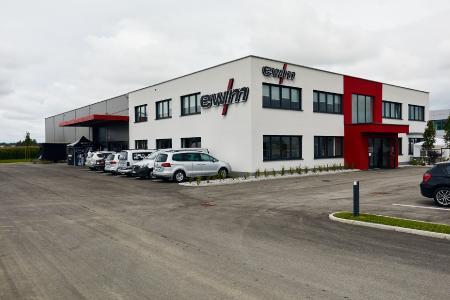 Der Umzug ist abgeschlossen: Die EWM AG hat in Eberstalzell ihren neuen, rund 2.000 m² großen, Österreich-Standort eröffnet