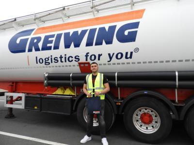 Zum Start in das Berufsleben heißt GREIWING in diesem Jahr 17 neue Auszubildende willkommen, einen von ihnen am Standort Raunheim. (Foto: GREIWING logistics for you GmbH)