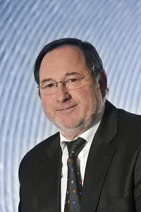"""Alfons Beitz, Vertriebsleiter des Bereiches High-Tech-Schlauchsysteme der Masterflex AG: """"Die Masterflex AG stellt ein breites Programm hochtemperaturbeständiger Schläuche bis + 1.100 °C her."""""""