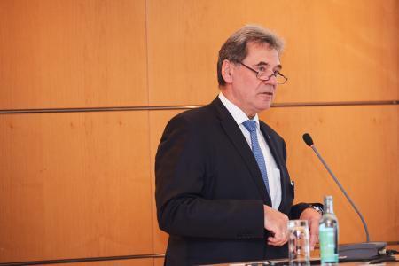 Klaus Müller ist Geschäftsführer der Kranbau Köthen GmbH sowie Vorsitzender des VDMA Ost. Er übte diese Funktion in den vergangenen Legislaturperiode aus und übernimmt diese auch bis zur satzungsgemäßen Wahl des Vorsitzenden / Quelle VDMA Ost
