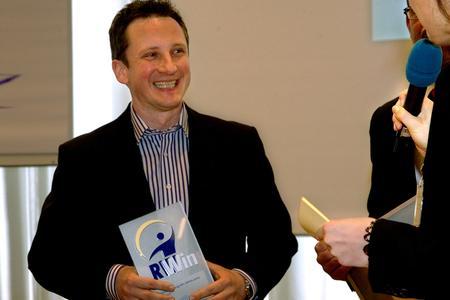 """Shirtrunner erhält den Award """"RWin Textilreinigung des Jahres 2010 – Sonderpreis für ein gelungenes Vertriebskonzept"""" / Fotografin Ortrud Stegner"""