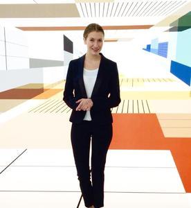 Interpret GmbH   Mehrsprachige Premium Hostess