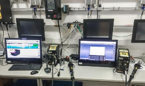 Schulungsumgebung bei Armbruster Engineering zum Simulieren der Montagelinie