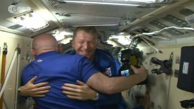 Esa astronaut Tim Peake begins six-month stay on Space Station