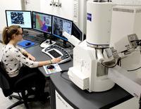 Neues Rasterelektronenmikroskop an der Hochschule Aalen