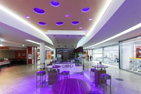 vitaLED® by BRUMBERG in the shopping mall Erlangen (Germany)