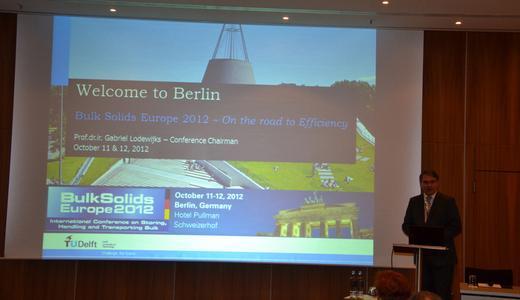 Offiziell eröffnet wurde die Konferenz von Prof. Gabriel Lodeweijks von der TU Delft, Niederlande