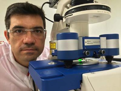 Dr Childérick Severac of ITAV, Toulouse, with his JPK NanoWizard® AFM system