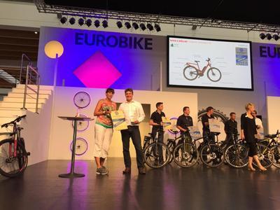 Links: Sandra Winkler/ Extra Energy, rechts: Heiko Schweizer/ ANSMANN AG