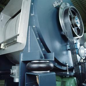 Einfaltenbälge von ContiTech dienen zur anspruchsvollen Schwingungsisolierung in unterschiedlichsten industriellen Anwendungsbereichen und sorgen für mehr Federungskomfort / Photo: ContiTech