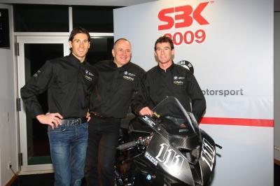 Ruben Xaus, Berti Hauser (BMW Motorrad Motorsport Director), Troy Corser (RTL)