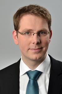 Dr. Henning Sternemann