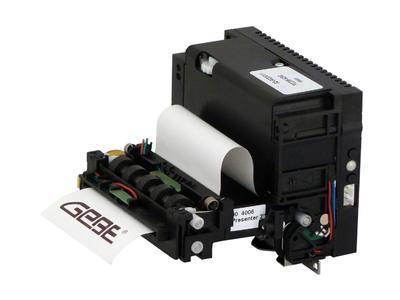 Schützt Druckwerk und spart Folgekosten: GeBE-COMPACT Plus Drucker mit Präsenter-Einheit