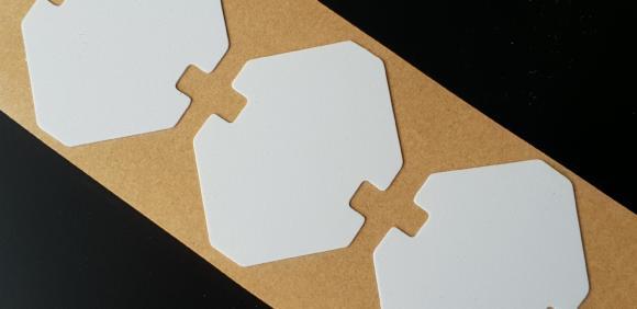 Isolations-Stanzteile aus Polypropylen von CMC Klebetechnik