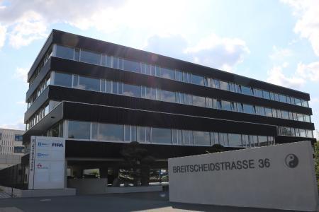 DUALIS bezieht Räumlichkeiten im neuen Bürokomplex in der Breitscheidstraße 36