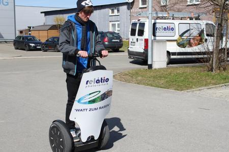 Watt zum Rasen bei relatio - mit Segway Personal Transporter