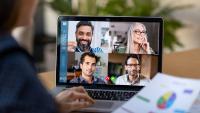 Zwischen Videokonferenz und Schulbetreuung