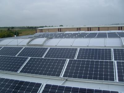 Photovoltaik-Anlage Industriehallenflachdach Hecklingen