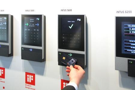 PCS zeigt auf der Personal Süd in Halle 1, Stand C.07 aktuelle Zeiterfassung, Zutrittskontrolle und Videoüberwachung, die den Mensch im Fokus hat