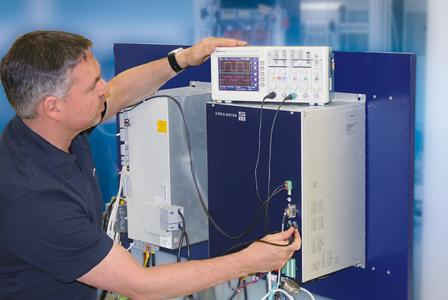 Die Servicetechniker von SIEB & MEYER verfügen über eine große Expertise in vielen Anwendungsbereichen – ein Plus nicht nur bei kundenspezifischen Projekten