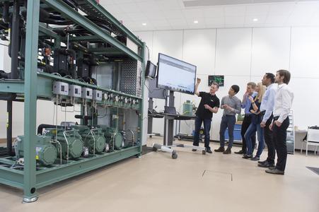 Fachkundiges Personal ist eine wichtige Voraussetzung für den zuverlässigen und effizienten Betrieb von Kälte- und Klimaanlagen.