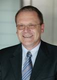 Thomas Bruckbauer, Geschäftsführer von Dr. Neuhaus Telekommunikation GmbH und ITF-EDV Fröschl GmbH