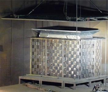 POCOS Kompensationsanlagen wurden als freistehende rund um begehbare und als Anlagen mit Lichtbogendruckkanal erfolgreich entsprechend Störlichtbogenqualifikation gemäß IEC 62271-200:2003-11 getestet.
