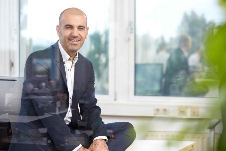 Amir Rhougani Gründer und CEO VISPIRON CARSYNC GmbH