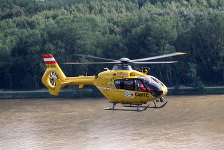 Austrian Motorist and Touring Club (ÖAMTC) achieves 100,000 flight hours with its Eurocopter EC135 helicopter fleet