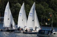 Drei Segel-Teams in Aktion