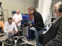 Dreharbeiten in der Fertigung von Efficient Energy in Feldkirchen bei München