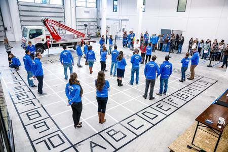 TimoCom Mitarbeiter testen die Vorteile des neuen Messenger beim spannenden Simulationsspiel