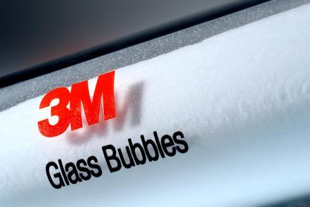 3M Presse IMCD Vertrieb DACH: 3M Glass Bubbles sind ein funktioneller Leichtbaufüllstoff aus absolut gleichförmigen Kugeln im Mikrobereich