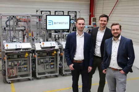 Die Gründer: Christian Just, Dr. Florian Podszus und André Heinke (von links nach rechts) im Institut für Integrierte Produktion Hannover (IPH) gGmbH, wo ihre Geschäftsidee entstand (Quelle: IPH)