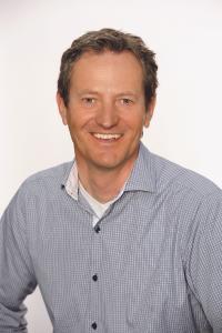 Robert Zanzerl, CEO, Acommit AG