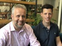 Sven Hensen (links), mayato, und Leo Marose, StackFuel schätzen ihre Partnerschaft