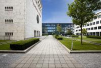 Innenhof der HDBW in München / Quelle und Copyright Hochschule der Bayerischen Wirtschaft