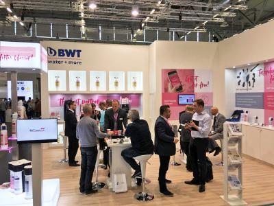 Die Expertise der Wasserspezialisten von BWT water+more war gefragt beim  Fachpublikum auf der euvend & coffeena 2019 in Köln.  / Foto: BWT water+more