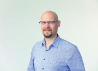 """Markus Nowak, Leiter Vertrieb Steigtechnik: """"Unser 3D-Konfigurator zeigt die Steigleiter mit sämtlichen Details an, so dass der Benutzer eine reale Vorstellung vom späteren Einbau auf seiner Baustelle oder in seiner Industrieanlage bekommt."""""""