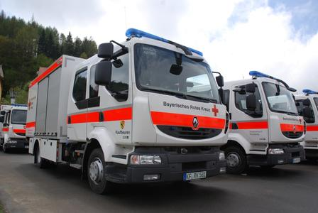 22 Renault Midlum Doka strahlten mit dem Himmel in Bad Berneck um die Wette