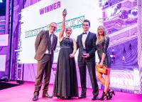 MediaScreens ScreenLifter MOBILE LED 135 gewinnt AV Award 2019