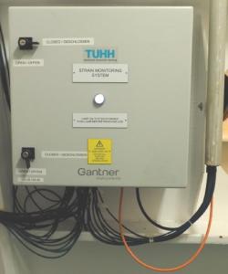 Dehnungsüberwachungssystem im Inneren des Polarstern-Eisbrechers installiert
